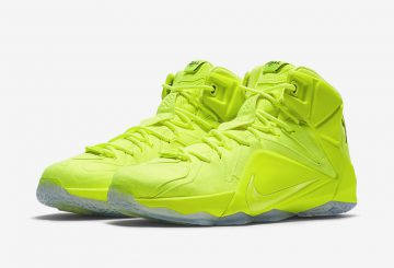 "国内8月29日発売決定! Nike LeBron 12 EXT ""Tennis Ball"" Official Images & 動画 LeBron James in Manila, Philippines 
