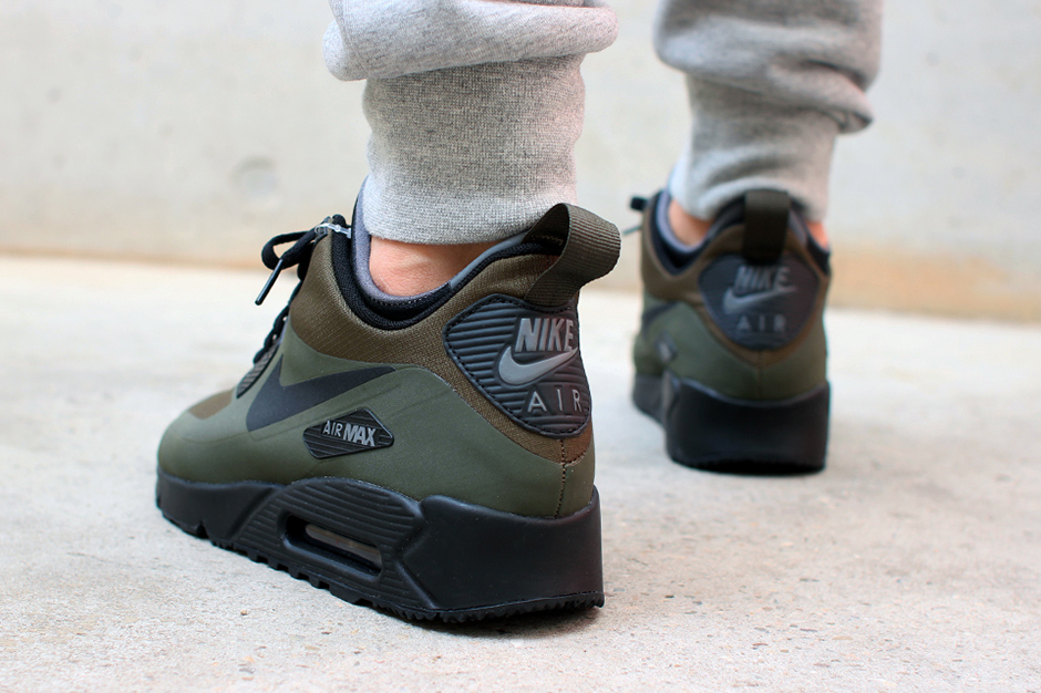... winterized-air-max-90-sneakerboot-olive-black-03
