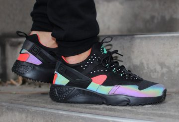 NIKE AIR HUARACHE UTILITY Color: Black/Black-Bright Crimson-Multi-Color Style Code 806979-006