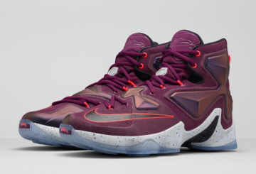 10月10日発売予定! ナイキ レブロン13  NIKE LEBRON 13 MULBERRY/BLACK-PURE PLATINUM-VIVID PURPLE
