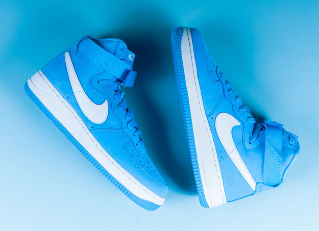 Nike-Air-Force-1-High-UNIVERSITY-BLUE-2