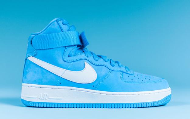 Nike-Air-Force-1-High-UNIVERSITY-BLUE-3