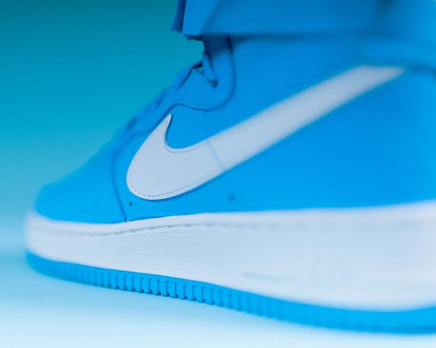 Nike-Air-Force-1-High-UNIVERSITY-BLUE-5
