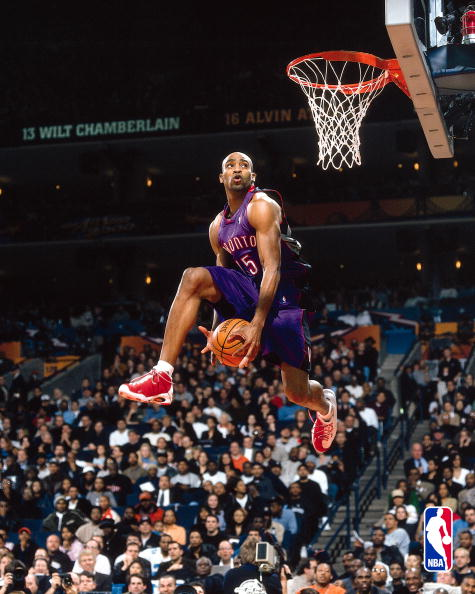 12 Feb 2000: Vince Carter #15 of the Toronto Raptors goes between his legs for the winning dunk in the Slam dunk contest during the NBA All Star Weekend at The Arena in Oakland in Oakland, California. NOTE TO USER: User expressly acknowledges and agrees that, by downloading and/or using this Photograph, User is consenting to the terms and conditions of the Getty Images License Agreement. Mandatory copyright notice: Copyright 2000 NBAE Mandatory Credit: Garrett Ellwood/NBAE/Getty Images