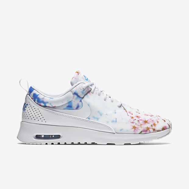 Nike-Air-Max-Thea-Print-Womens-Shoe-599408_102_A_PREM (1)