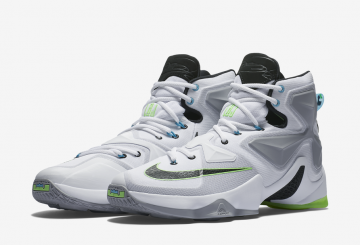 "MOVIE&検索リンク追記★6月11日発売★ Nike LeBron 13 ""Command Force"" 807219-100 【ナイキ レブロン13 コマンドフォース】"