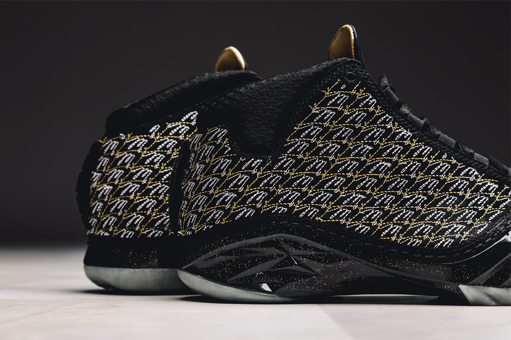 air-jordan-xx3-trophy-room-black-8