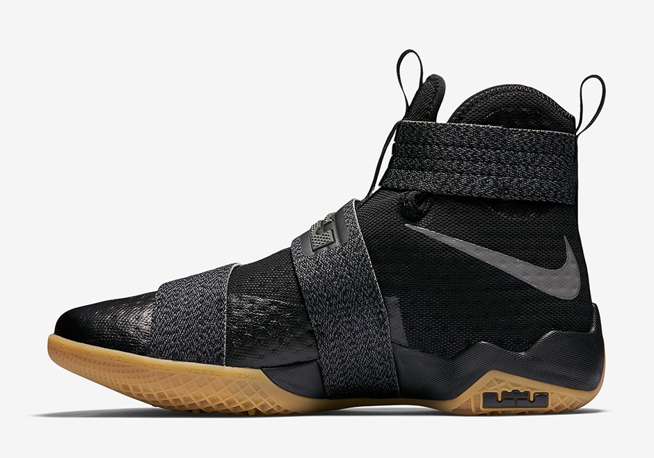 nike-zoom-lebron-soldier-10-black-gum-strive-for-greatness-2