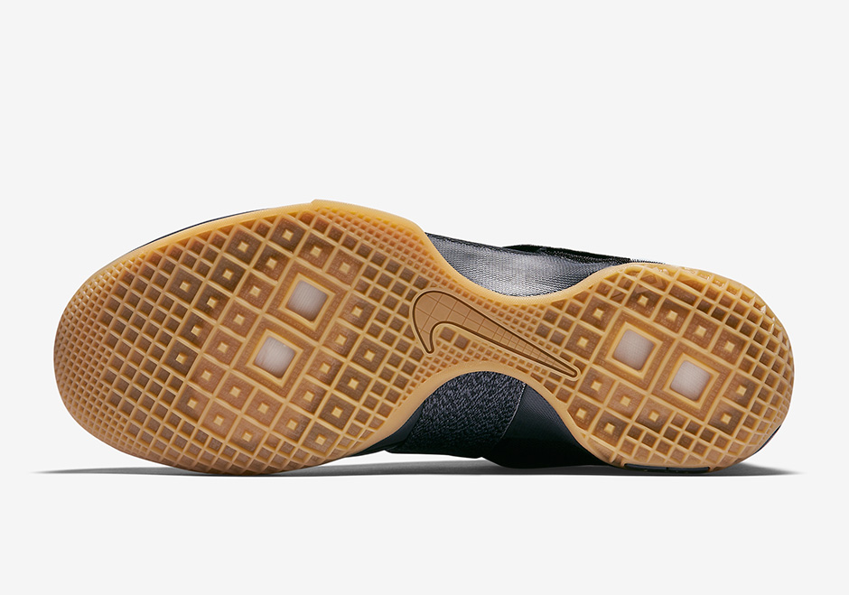 nike-zoom-lebron-soldier-10-black-gum-strive-for-greatness-5