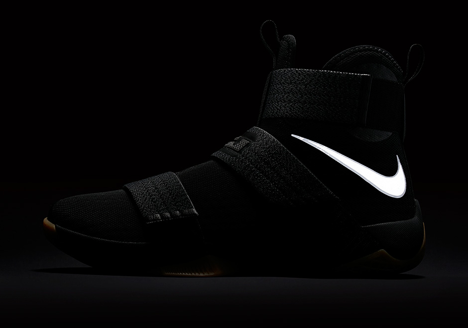 nike-zoom-lebron-soldier-10-black-gum-strive-for-greatness-6