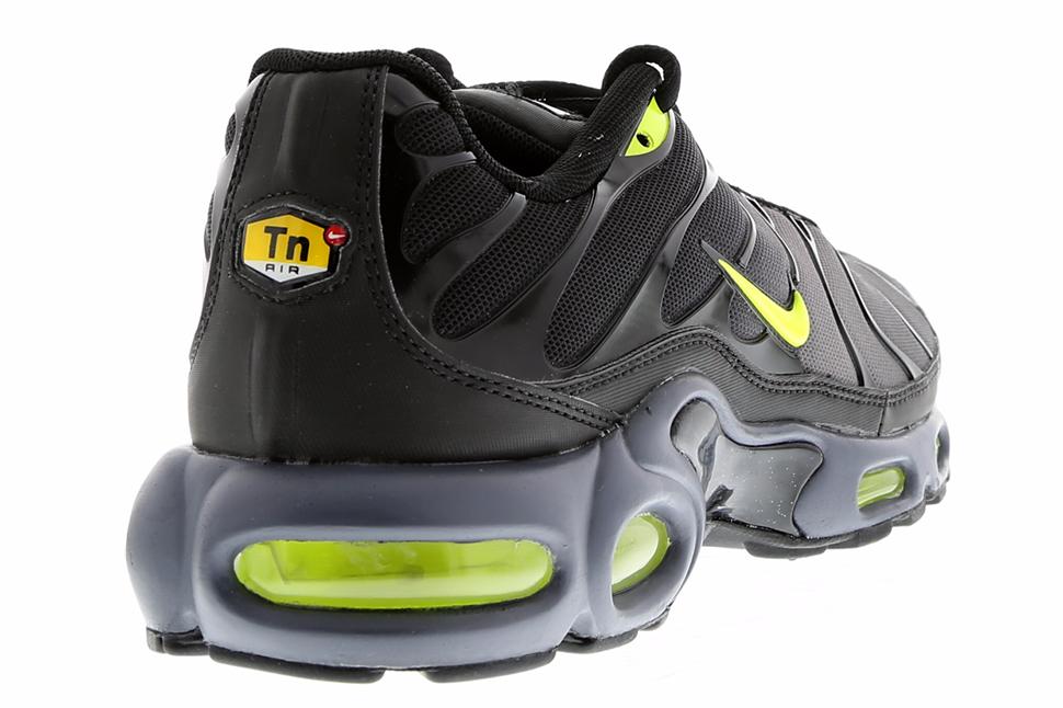 Nike-Air-Max-Plus-Dark-Grey-Volt-Black-3
