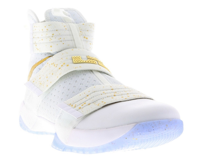 lebron-soldier-10-gold-medal-white-gold-1