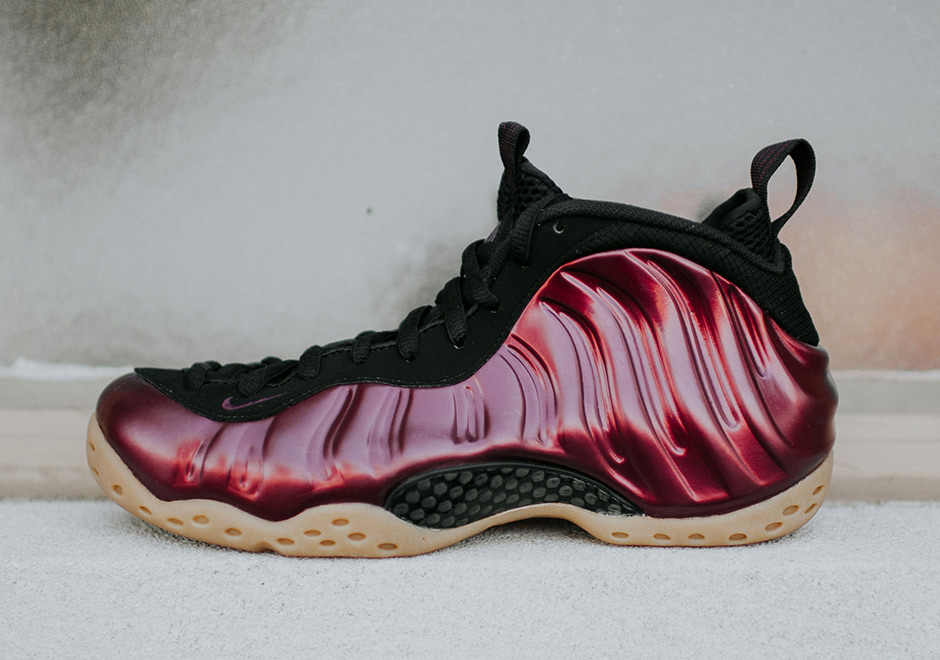 nike-foamposite-one-night-maroon-314996-601