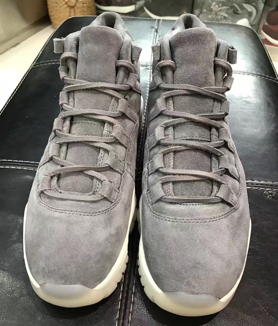 air-jordan-11-cool-grey-suede-2