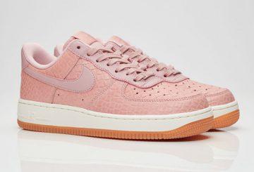 海外展開中★レディース★ Nike  Wmns Air Force 1 07 Premium Pink Glaze/Vernis Rose 616725-601 【ウィメンズ ナイキ エアフォース1 プレミアム】