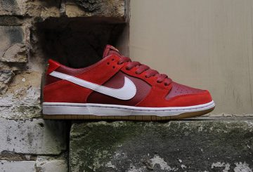 "海外展開中★NIKE SB DUNK LOW ""RED GUM""  【ナイキ SB ダンク ロー】"