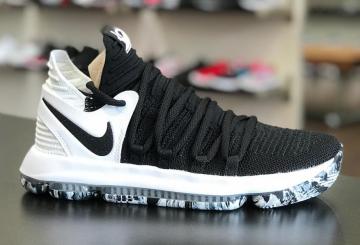 2月1日発売★ Nike KD 10 Black/Black-White  897815-008 (ナイキ KD 10)