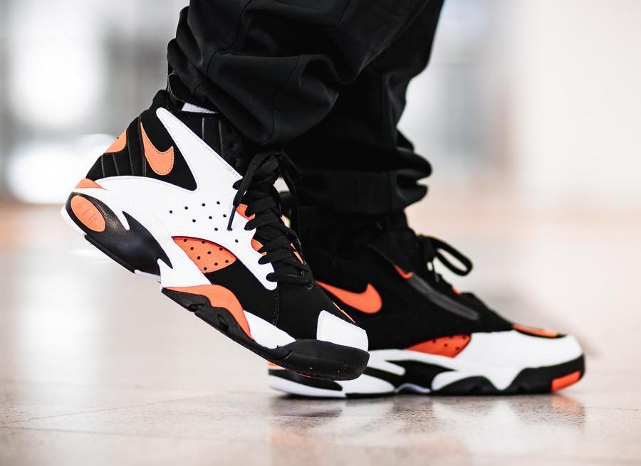 dd90355b6de547 4月7日発売☆ NIKE AIR MAESTRO II LTD WHITE RUSH ORANGE-BLACK AH8511 ...