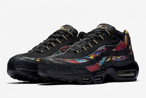 海外展開中★ Nike Air Max 95  Black/Metallic Gold-Cobalt Blaze  AT6142-001 (ナイキ エアマックス 95)