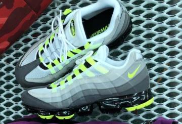 """フォールシーズン発売予定★ Nike Air VaporMax 95 OG """"Neon""""  (ナイキ エア ヴェイパーマックス 95 OG)"""